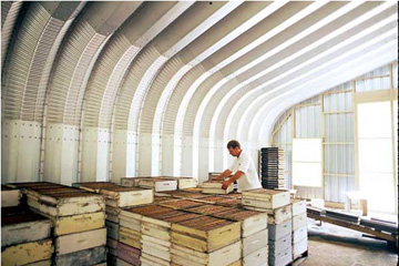 Our affordable and long-lasting steel buildings are perfect for distribution and shipping